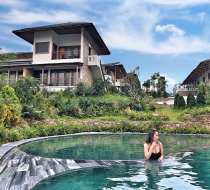 Bể bơi Bakhan Village Resort Hòa Bình