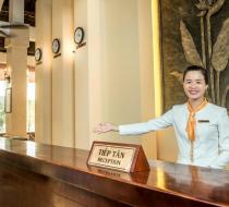 Lễ tân Eden Resort Phú Quốc