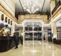 Quầy lễ tân khách sạn Rex Sài Gòn