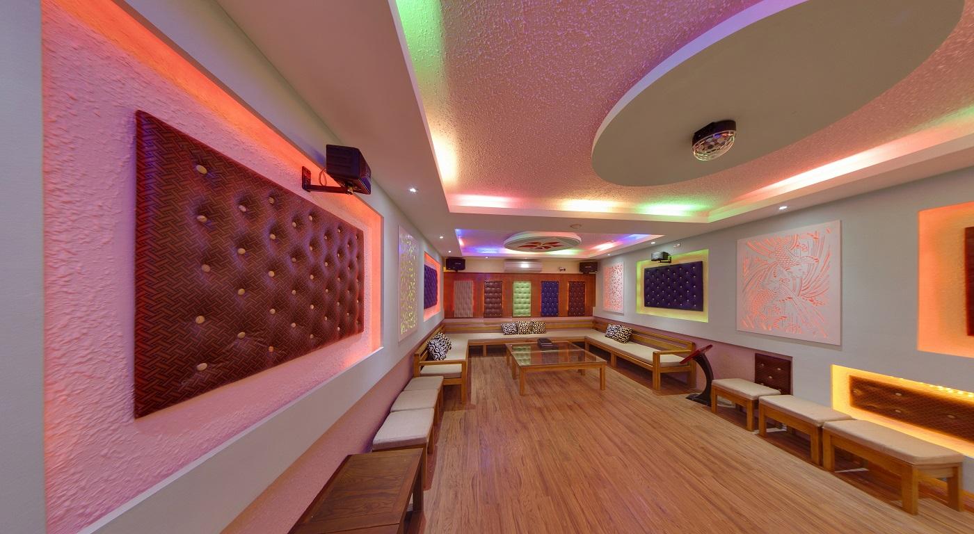 Karaoke Room Emeralda Resort Ninh Bình