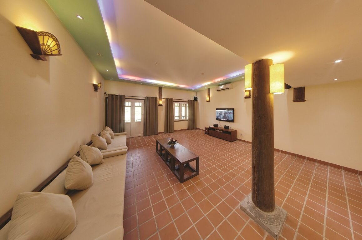 Movie Room Emeralda Resort Ninh Bình