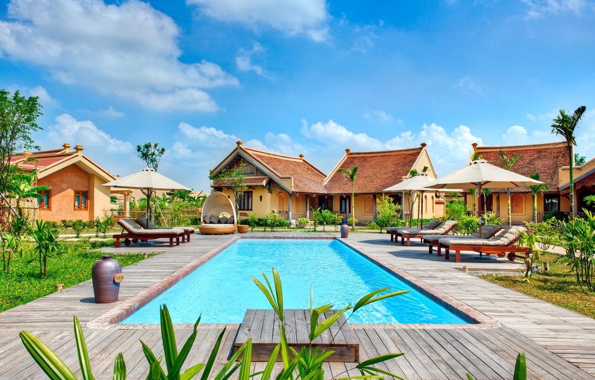 Bể bơi ngoài trời Emeralda Resort Ninh Bình