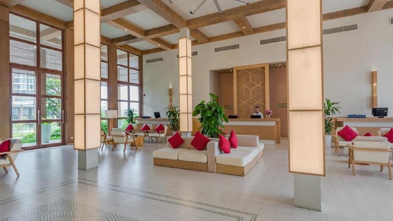Quầy lễ tân FLC Luxury Hotel & Resort Sầm Sơn