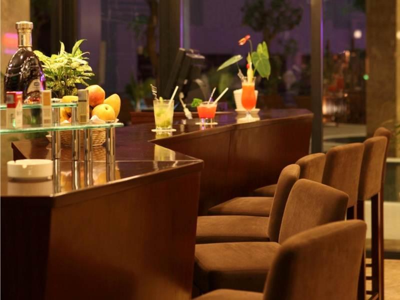 Bar/ Cafe CenDeluxe Hotel Phú Yên