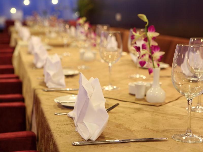 Nhà hàng CenDeluxe Hotel Phú Yên
