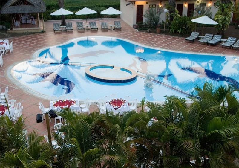Hồ bơi Khách sạn Đồi Dương Phan Thiết