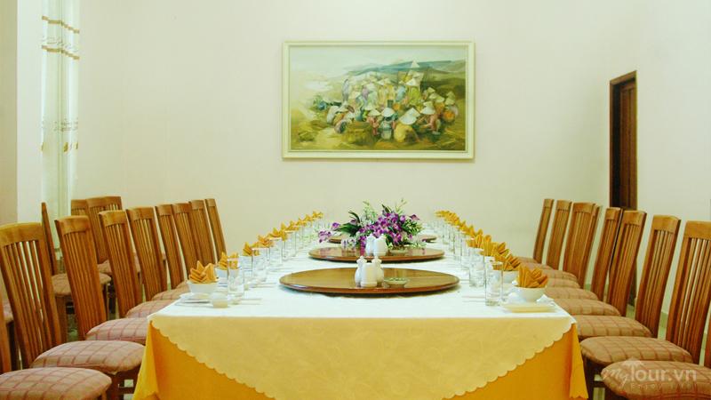 Nhà hàng Khách sạn Đồi Dương Phan Thiết
