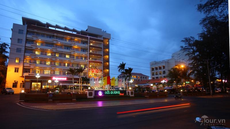 Toàn cảnh Khách sạn Đồi Dương Phan Thiết