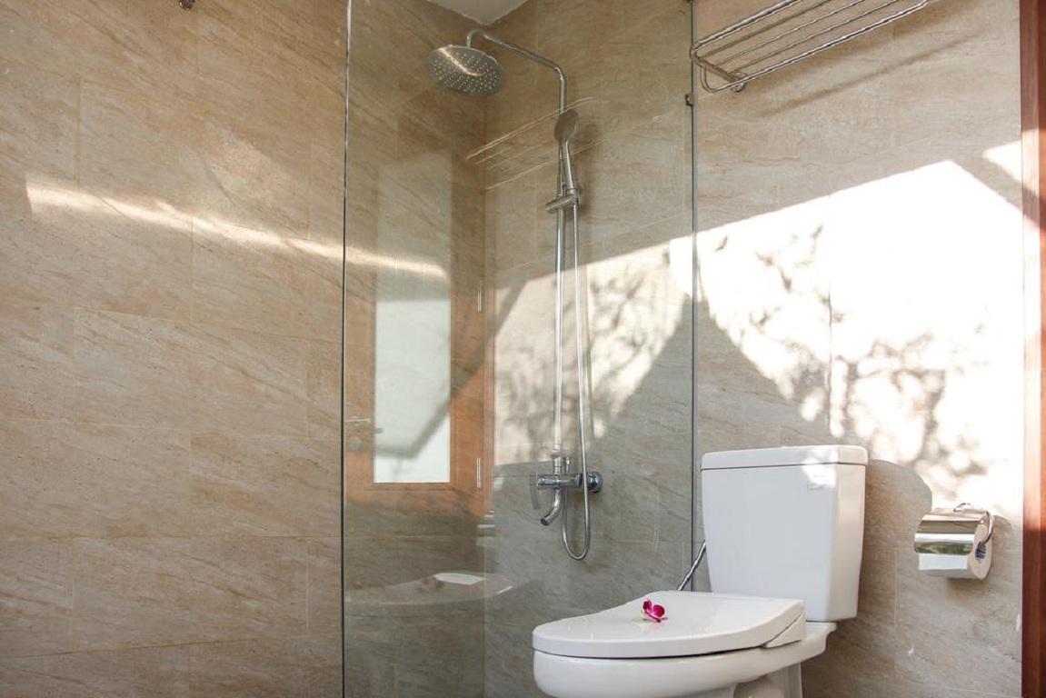 Phòng tắm Sala Tuy Hòa Beach Hotel
