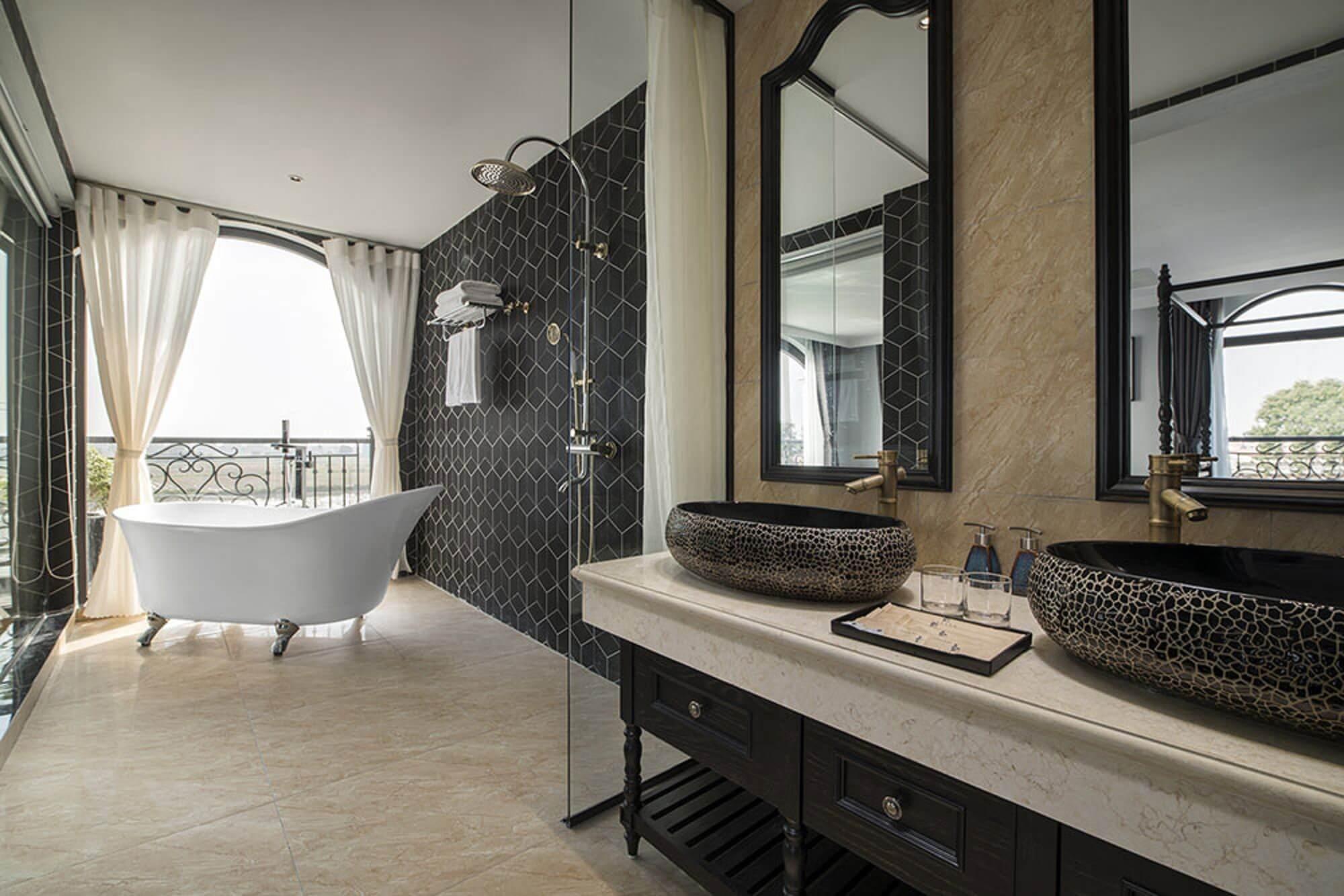 Phòng tắm Lalita Premium Suite