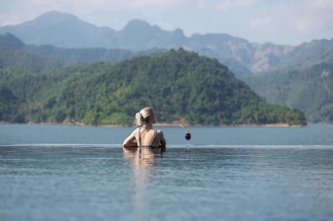 Bể bơi Mai Châu Hideaway Resort