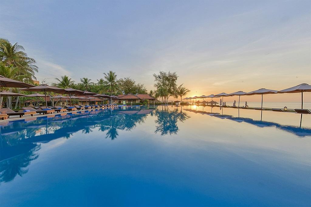 Hồ bơi vô cực Seahorse Resort & Spa Phan Thiết
