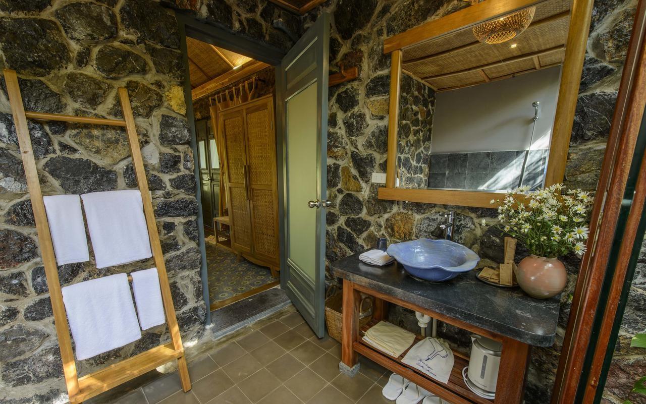 Phòng tắm Tam Cốc Garden Resort