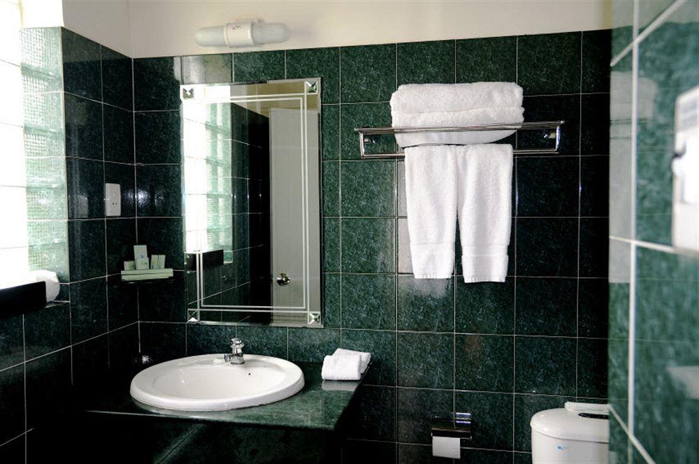 Bathroom White Sand Resort Phan Thiết