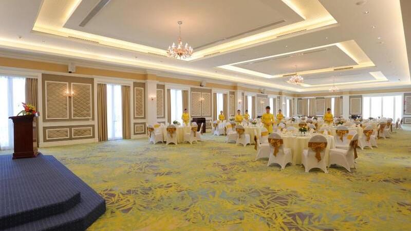 The Royal Restaurant tại FLC Luxury Resort Vĩnh Phúc