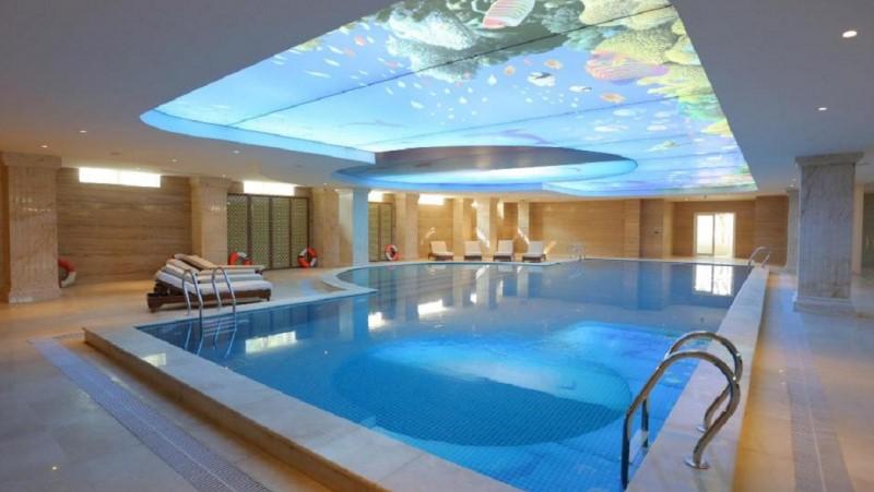 Hồ bơi tại FLC Luxury Resort Vĩnh Phúc