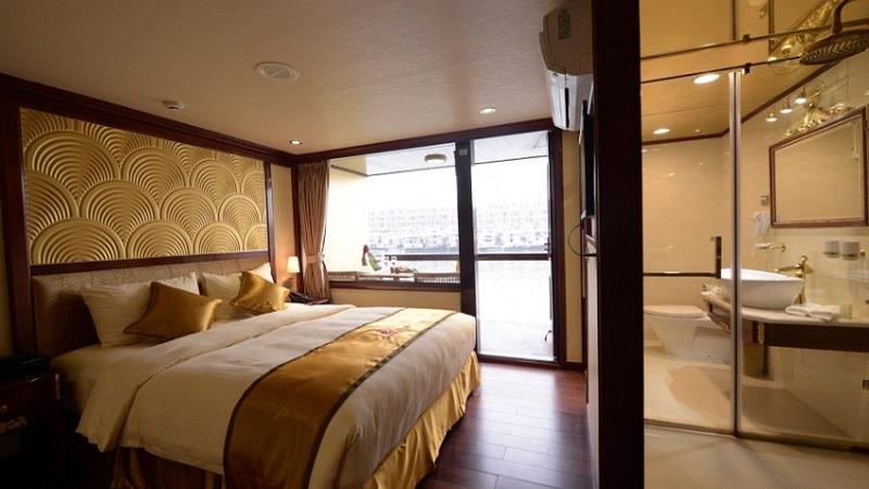 Du thuyền golden phòng luxury