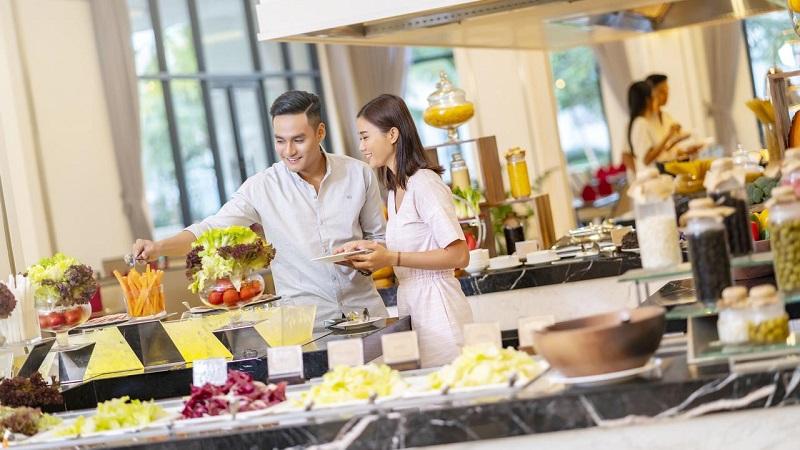 Buffet nhà hàng Vinpearl Discovery Greenhill Phú Quốc