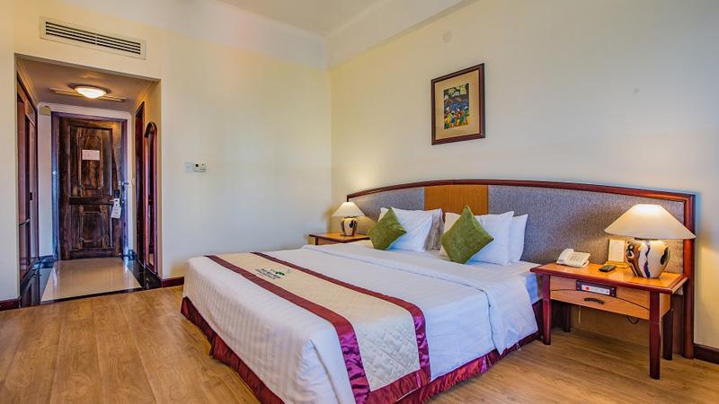Hạng phòng Deluxe tại khách sạn Yasaka Sài Gòn Nha Trang