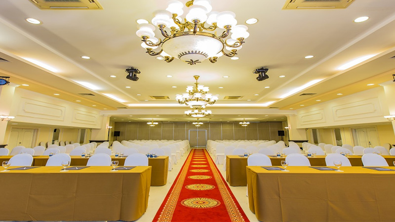 Phòng hội nghị ở khách sạn Yasaka Sài Gòn Nha Trang