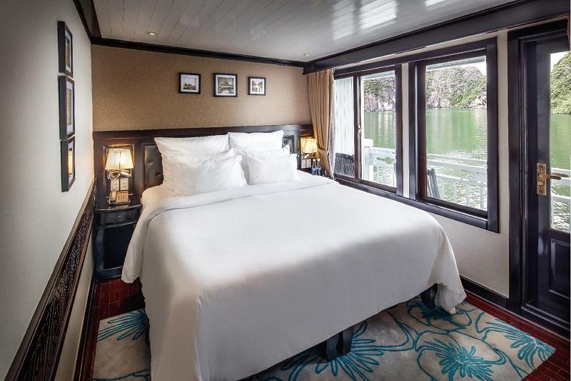 phòng nghỉ deluxe trên du thuyền paradise sails