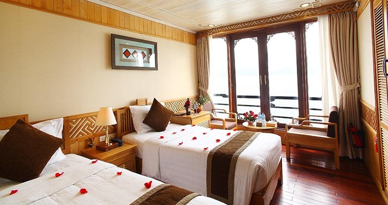 Phòng nghỉ deluxe ocean view trên du thuyền pelican