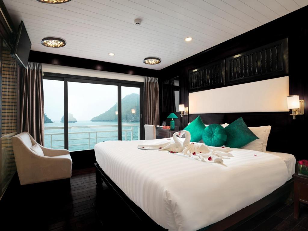 Phòng nghỉ trên du thuyền alisa