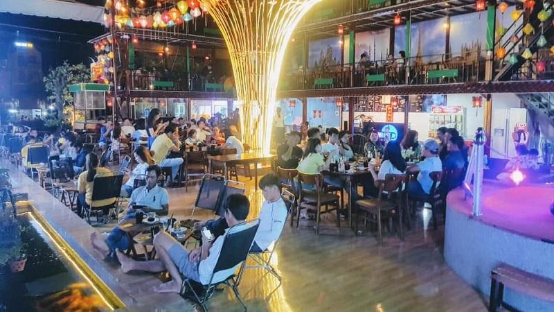 Sunrise Bar tại FLC Grand Quy Nhơn