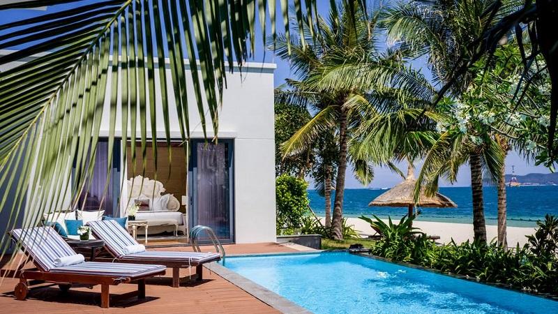 Bể bơi Vinpearl Resort & Spa Nha Trang Bay