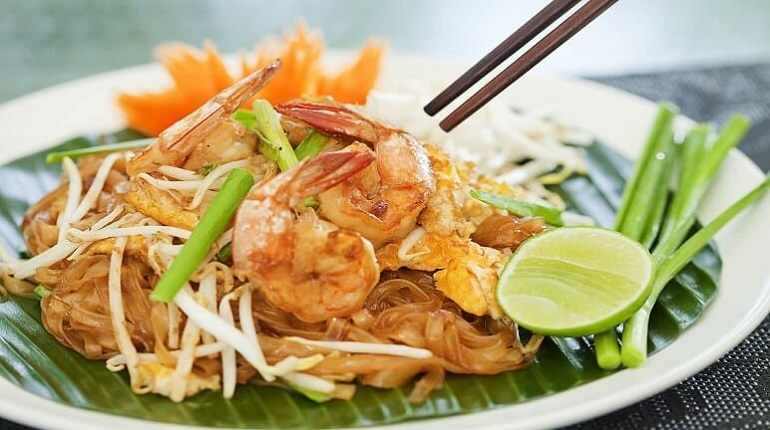 Pad Thái ngon nổi tiếng Bangkok