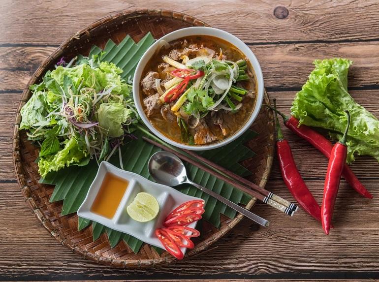 Bún bò Huế - linh hồn ẩm thực miền Cố Đô