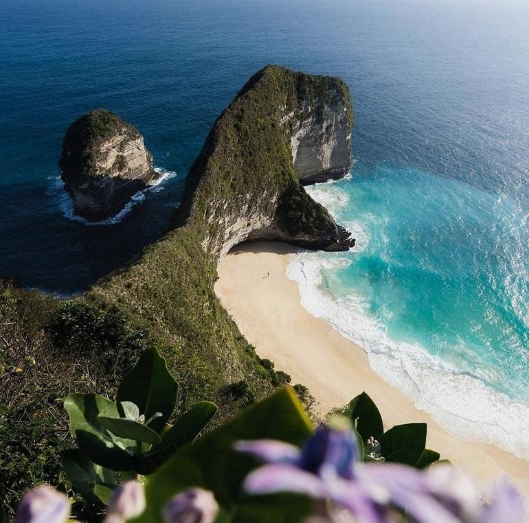 Sống lưng khủng long – điểm check in nổi tiếng của Bali