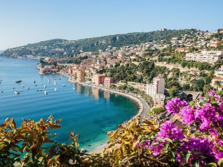 Thành phố biển xinh đẹp Nice của Pháp