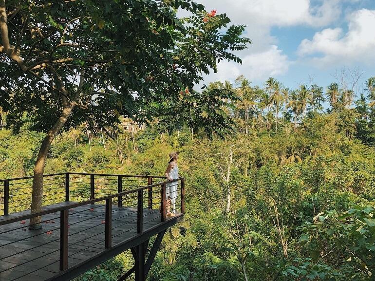 Đảo Bali hoang sơ nổi tiếng ở Indonesia