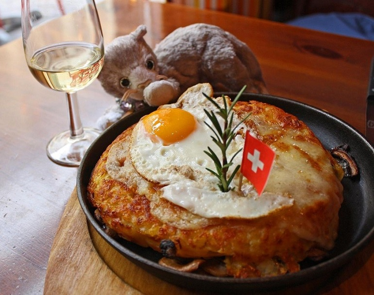Bánh khoai tây bào chiên