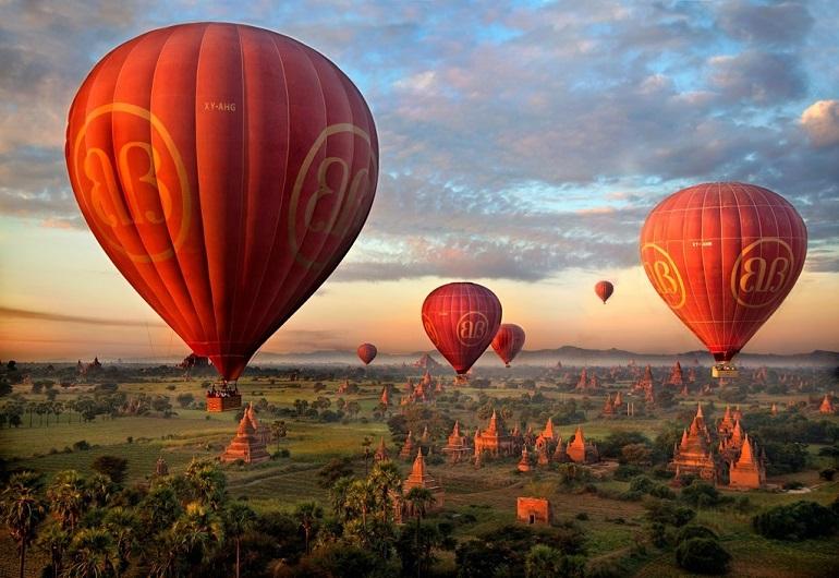 Ngắm nhìn Bagan từ khinh khí cầu
