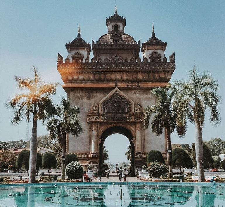 Khải Hoàn Môn Lào Patuxai