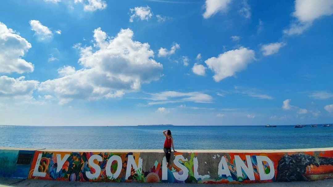 Đặt vé máy bay giá rẻ đi Chu Lai du lịch đảo Lý Sơn