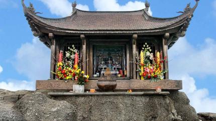 Hà Nội - Đỉnh Thiêng Yên Tử - Chùa Đồng 1 ngày