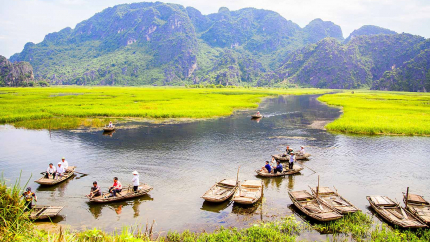TP.HCM - Hà Nội - Tràng An - Bái Đính - Hạ Long - KDL Yên Tử 3N2Đ - Bao Gồm Vé Máy Bay