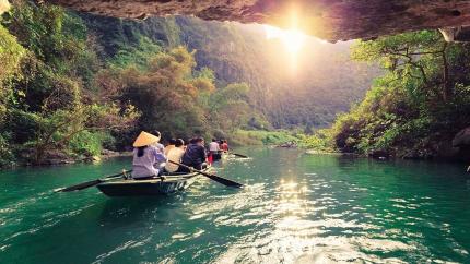 Hoa Lư - Tam Cốc - Bái Đính - Tràng An 2N1Đ