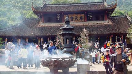 Lễ chùa đầu năm: Chùa Hương - Động Hương Tích 1 ngày