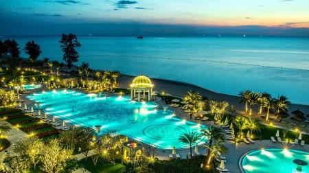 Voucher 3N2Đ: Vinpearl Phú Quốc + Buffet 6 bữa + Vé vui chơi Vinpearl Land & Safari
