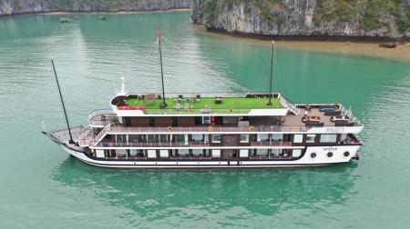 Du thuyền Serenity 2 ngày 1 đêm