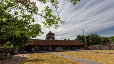Hành hương đất Phật Bắc Ninh - Lễ Tết đầu năm