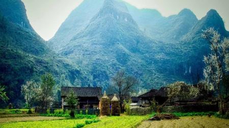 Hồ Chí Minh - Hà Giang - Lũng Cú - Đồng Văn 4N3Đ