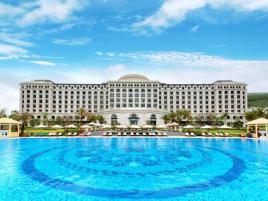 Combo khuyến mãi mùa đông Nha Trang 3N2Đ siêu hấp dẫn cho 4 người: Vé máy bay khứ hồi, 02 đêm nghỉ tại Vinpearl Resort, miễn phí vé vui chơi và đưa đón sân bay
