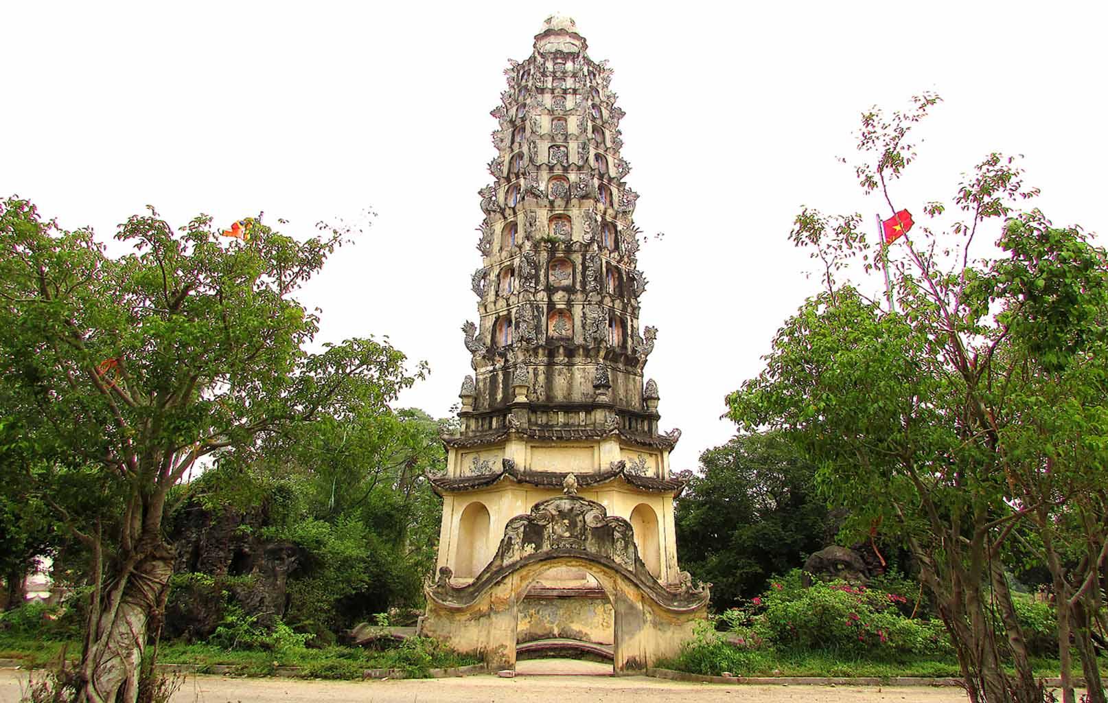 Tháp chùa Cổ Lễ