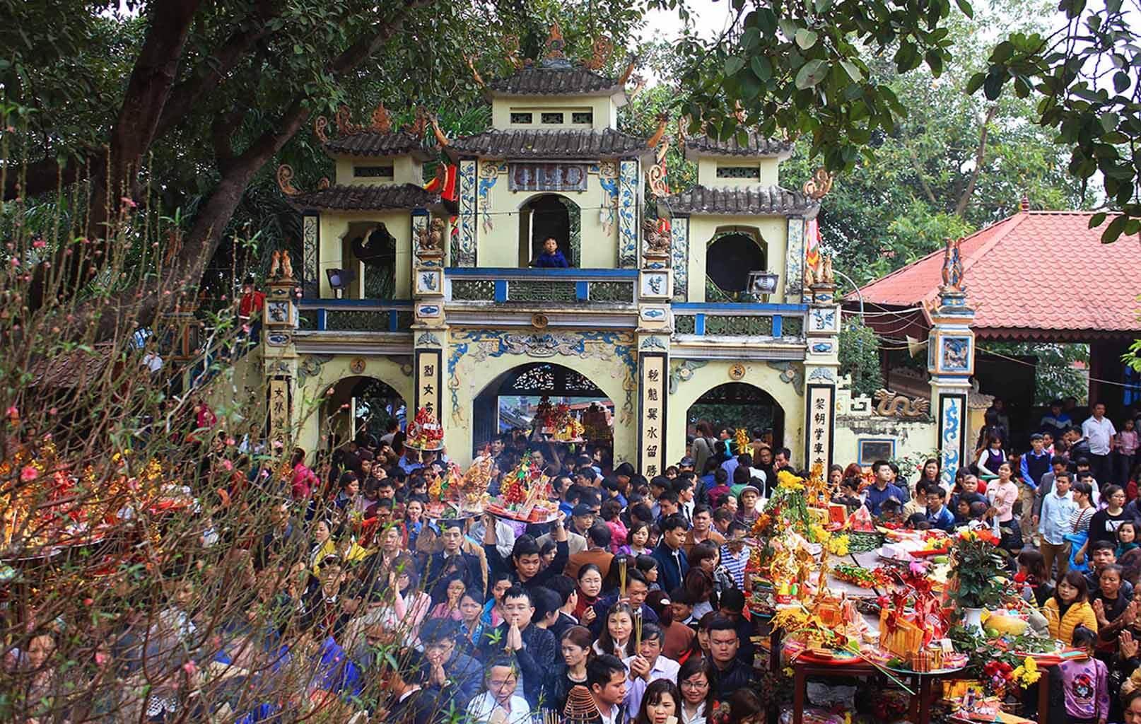 Lễ hội đền Bà Chúa Kho