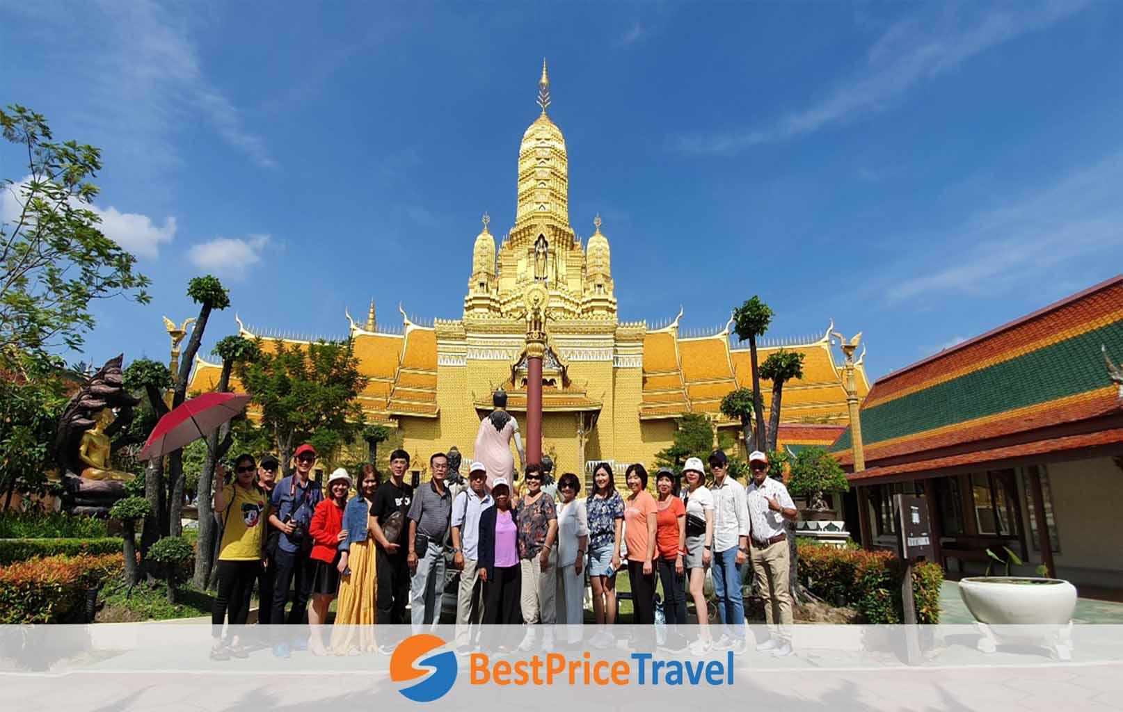 Hình ảnh khách hàng BestPrice tại Muang Boran